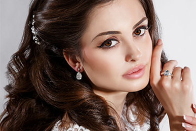 Professional Bridal makeup Artist in Mumbai at Satish Kargutkar
