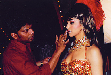 Satish Kargutkar Performing Makeup of Deepika Padukone