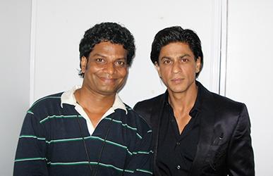 Satish Kargutkar with Shah Rukh Khan