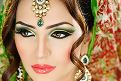 Gujarati Makeup Artist in Mumbai - Satish Kargutkar