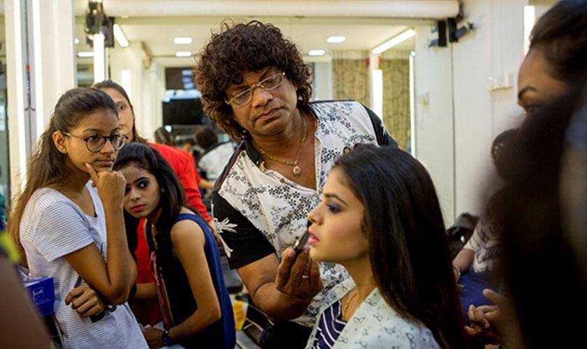 bridal-makeup-courses-in-Mumbai